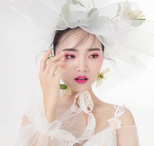 麻城化妆学校教你眼部化妆技巧!