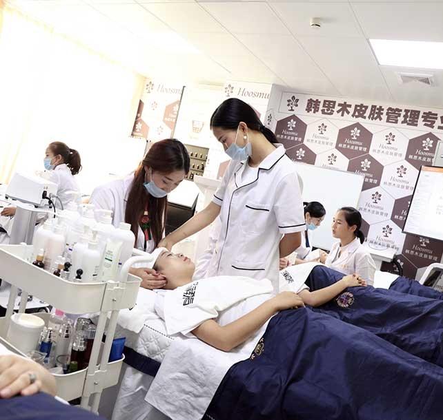麻城美容培训学校